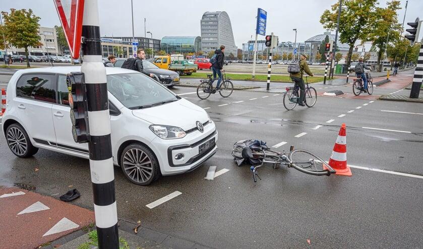 Een fietser raakte gewond bij het ongeval.