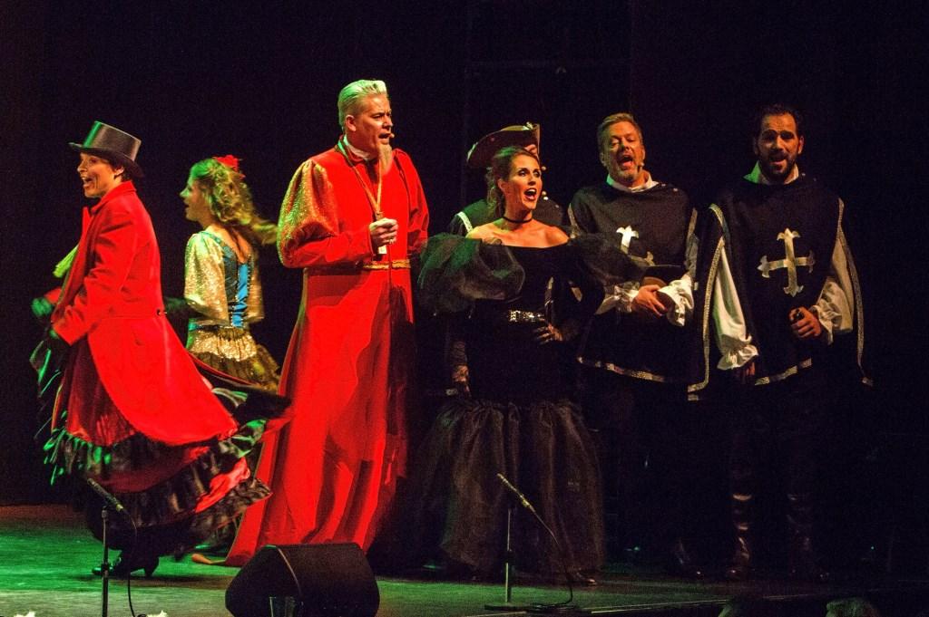 Theatergroep Josjes. Foto: Harry Rappange © Internetbode