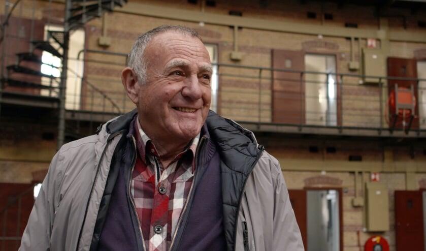 Oud-bewaarder Ton Mink vertelt zijn ervaringen in de Koepelgevangenis.