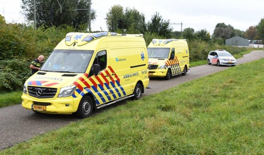 Twee ambulances en de politie kwamen ter plekke.
