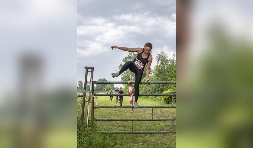 De Obstacle Trail Run is een populair onderdeel van de Haagse Beemdenloop.