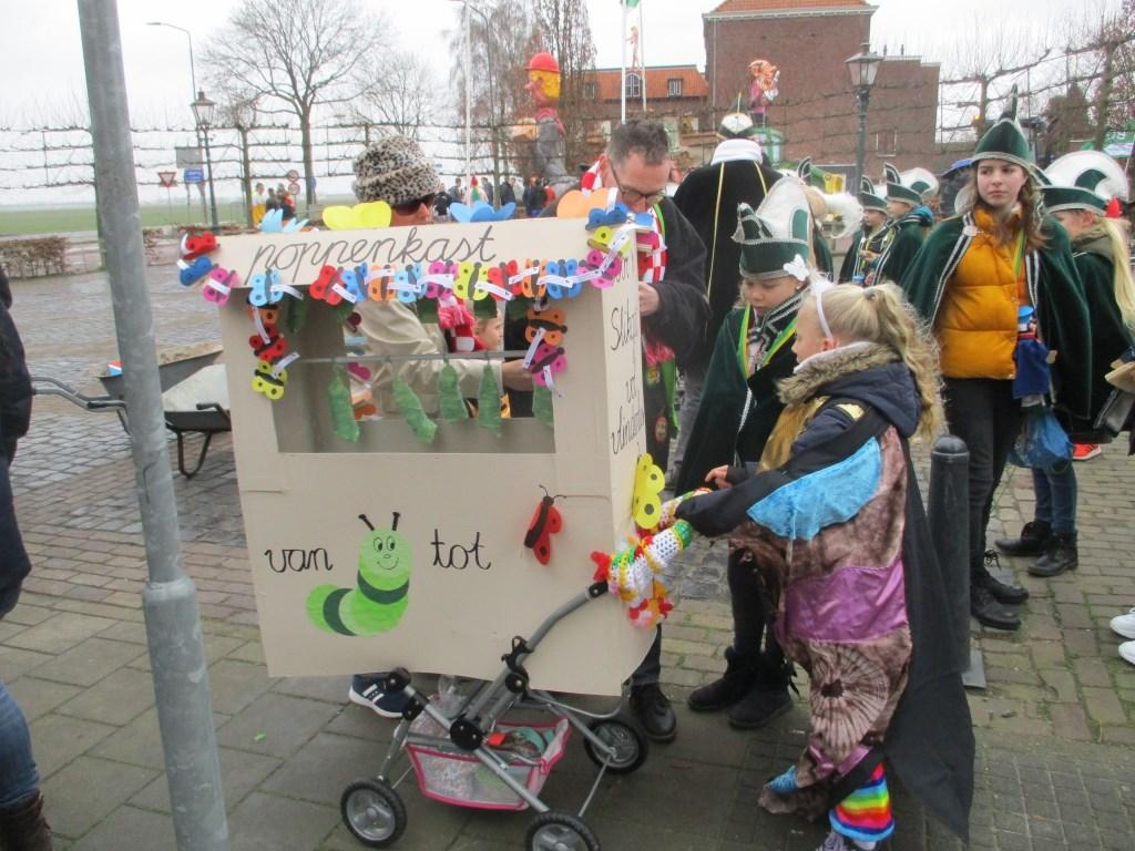 Het was één grote poppenkast in Slikgat.  Foto: Ties Steehouwer © Internetbode