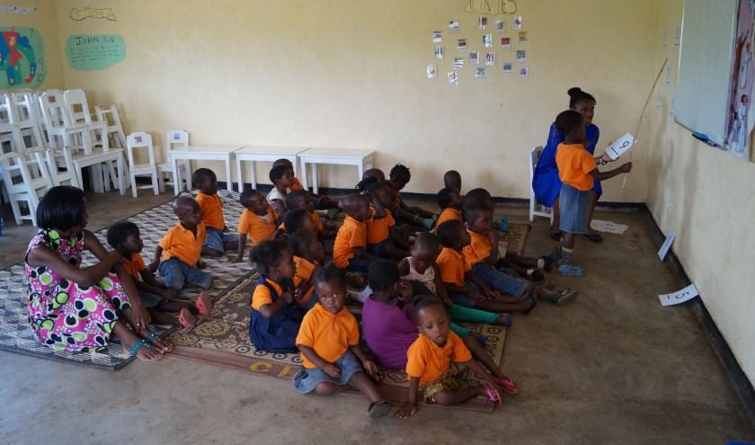 Schoolklas in Kwanjana (Malawi).