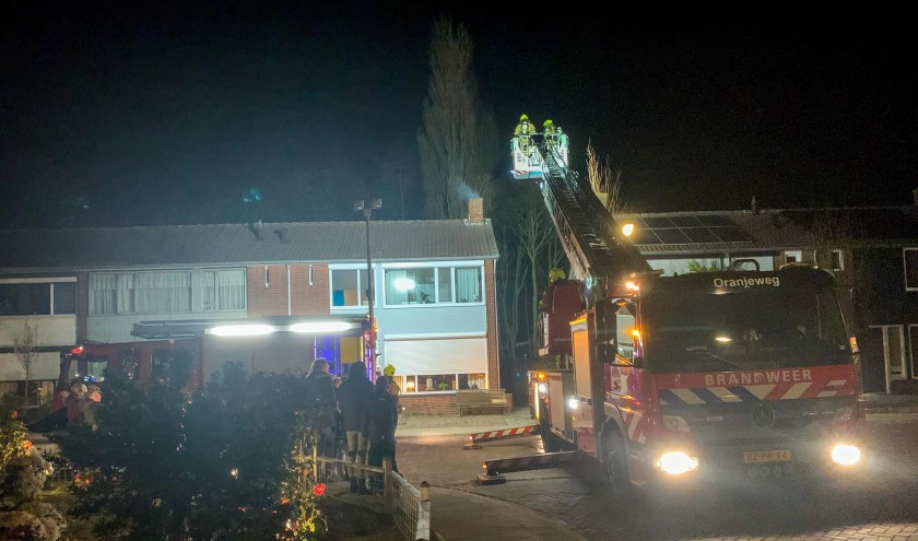 De brandweer kwam met twee voertuigen ter plaatse.