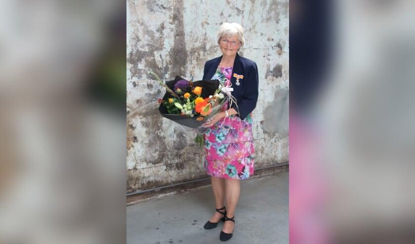 <p>Jeannette Vrancken-Taffijn kreeg een lintje voor jarenlang vrijwilligerswerk.</p>