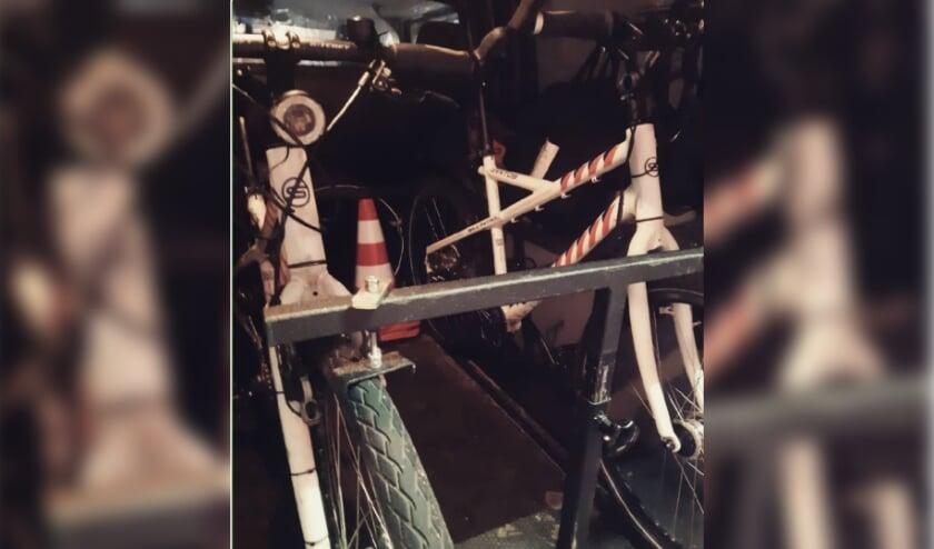 De politie zette het gebied ook met de bikes af.
