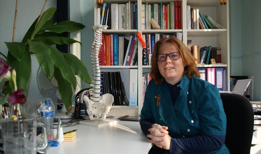 Sasha Goulooze is osteopaat en heeft haar eigen praktijk in Delft: Paramedisch centrum Goulooze. (Foto: PR)