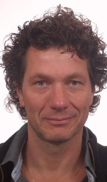 Trainer Dick Zoutendijk gaat komende maanden voor de 48ste keer de cursus 'Leven in je lijf' geven.