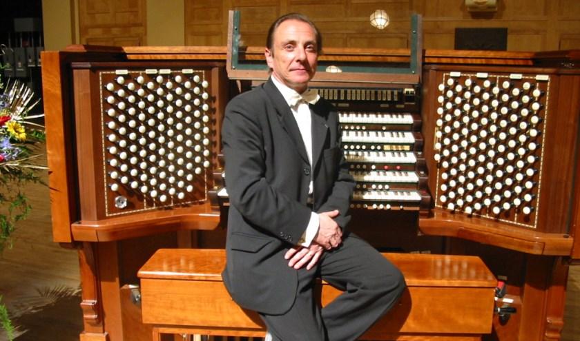 Pierre Pincemaille geeft zondag 2 oktober een orgelconcert in de Maria van Jessekerk.