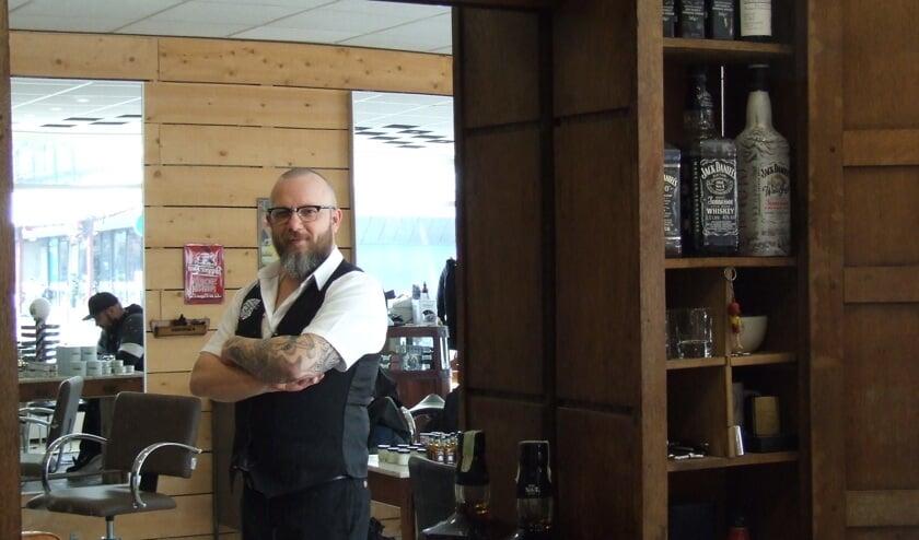 De naam 'barbier' is gewoon de geuzennaam van een goede herenkapper, vindt Evert Klok.