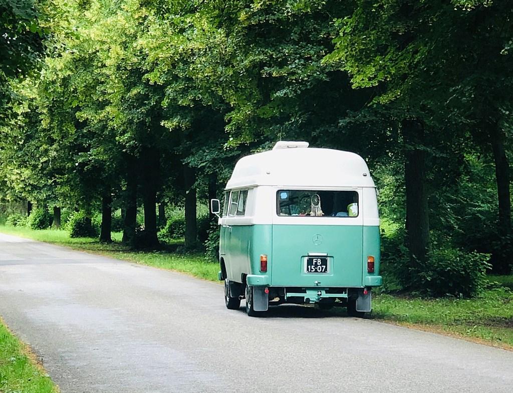 De Hanomag en route, een graag geziene gast op de wegen  © RODI Media-zh