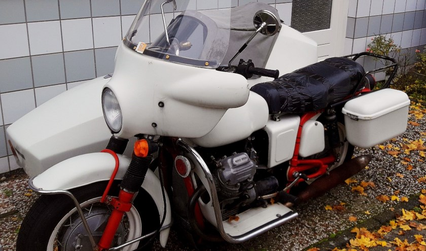 De Moto Guzzi V7 Special in vol ornaat