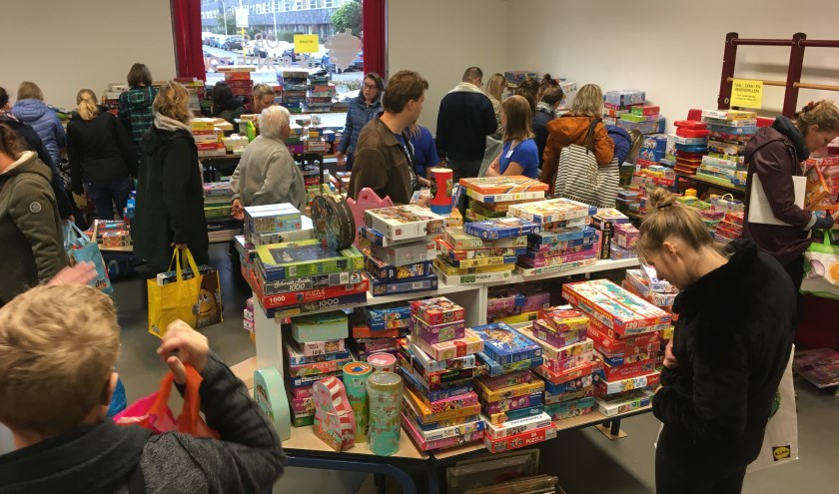 De speelgoedbeurs in Pijnacker verliep soepel en succesvol