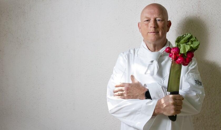 Pierre Wind komt met passie en humor vertellen over duurzaam koken (Foto: Walter Kallenbach)