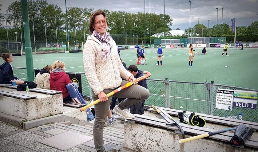 """""""Ik vind hockey nog steeds een heel leuk spelletje, er zit van alles in!""""(Foto: Willem de Bie)"""