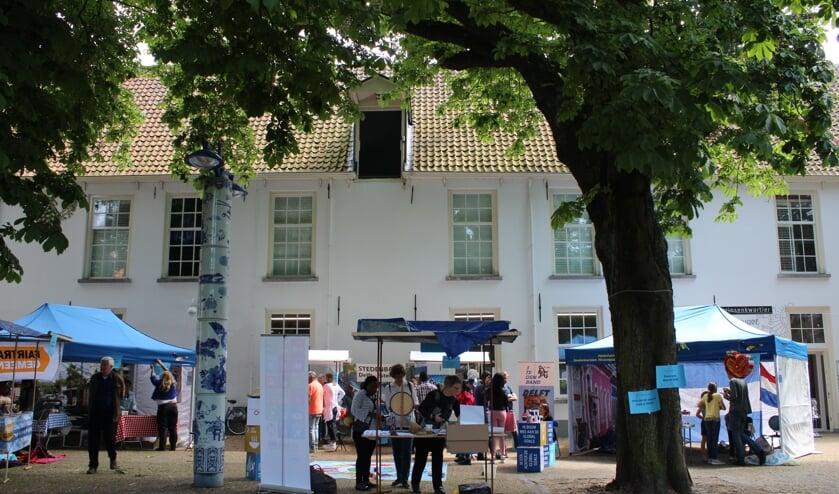 De Stichting Stedenband Delft-Estelí is regelmatig op straat actief om draagvlak te zoeken en uit te bouwen. (Foto: PR)
