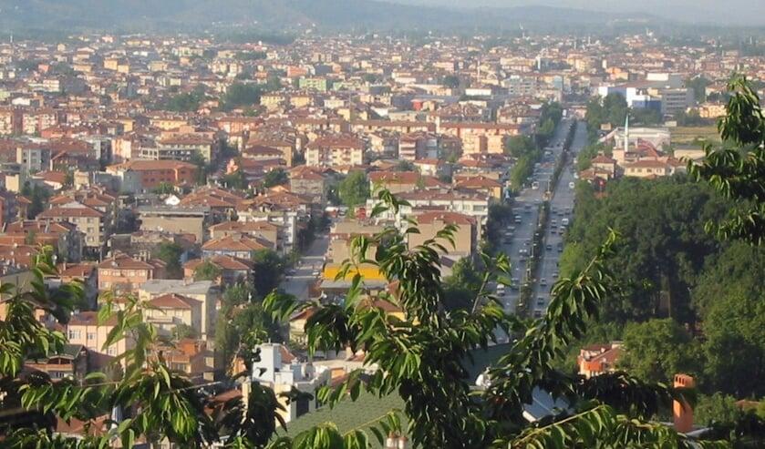 Adapazari ligt in het Noordwesten van Turkije en werd in 1999 getroffen door een zware aardbeving. (Foto: Wikimedia Commons/Akademisyen