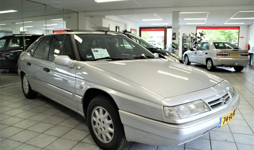 De metallic-grijze Citroën XM als Top Occasion bij Citonda in Delfgauw.