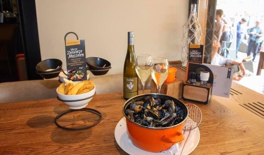 De absolute specialiteit van Het Konings Huys, het menu Zeeuwse Mosselen.