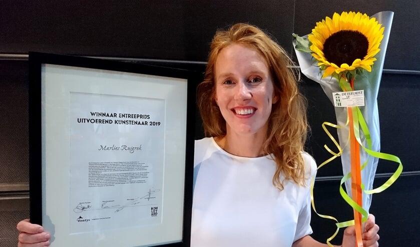 Marlies, trots op haar Fontys Entreeprijs