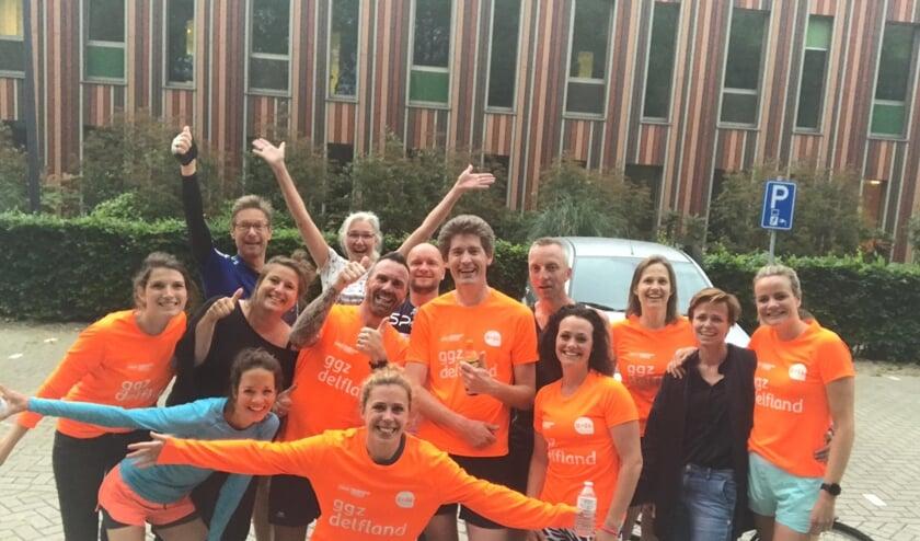Het team van GGZ Delfland wat meedoet aan de Socialrun