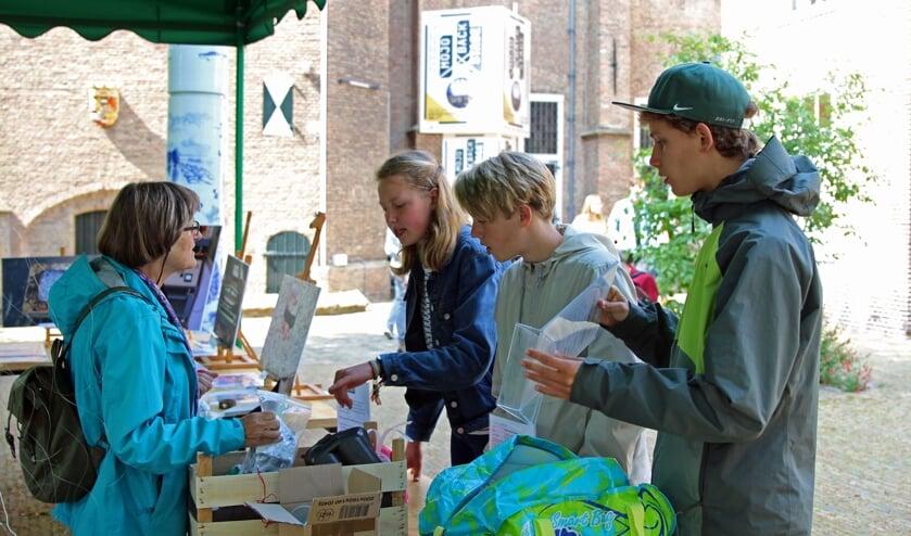 Scholieren uit Delft komen alles te weten over afvalscheiding