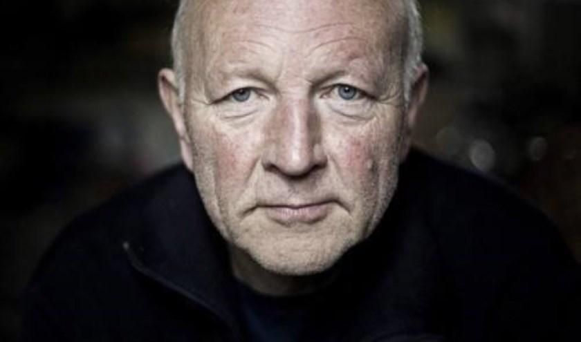 Maarten 't Hart signeert bij boekhandel De Omslag