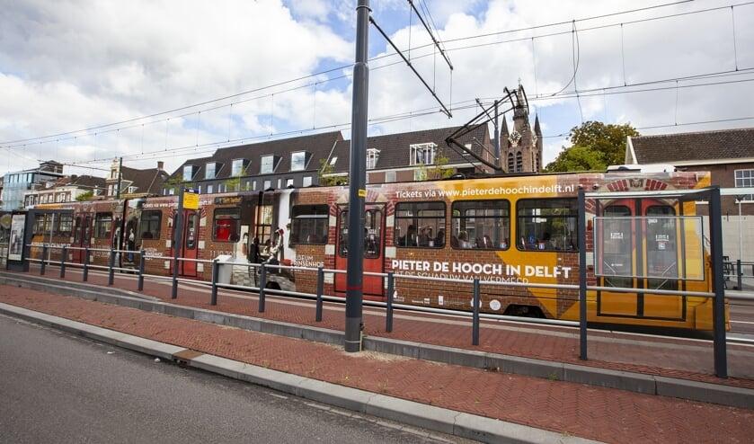 De unieke en speciale Pieter de Hooch-tram die door Delft rijdt!
