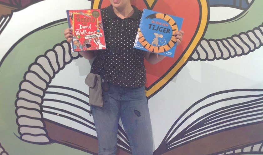 Een uitgeruste Eva met twee toppers van jeugdboeken
