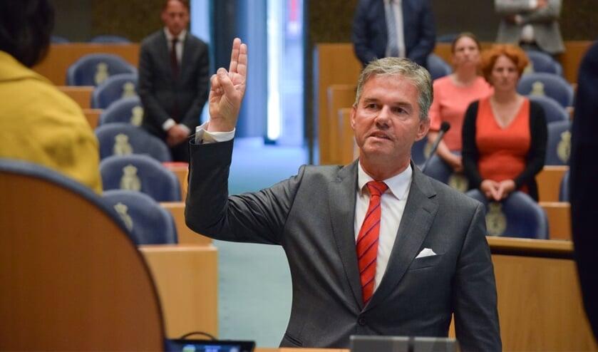 Bart Smals tijdens zijn beëediging als kamerlid voor de VVD
