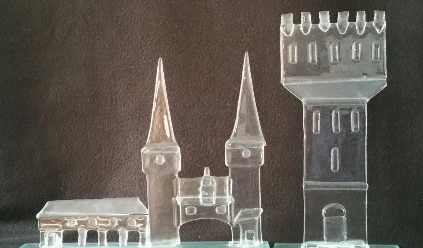 Het werk van Carolien Reef, gemaakt van float-glas