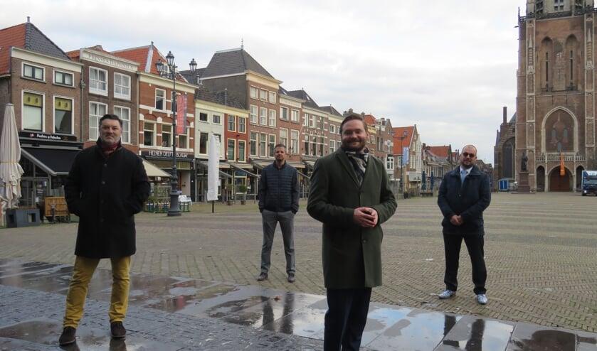 <p>v.l.n.r Jeroen Heemskerk (voorzitter MKB Delft), Remco van Eendenburg (bestuurslid), Bas Vollebregt (Wethouder) en Roy Snuverink (Vice-voorzitter) </p>