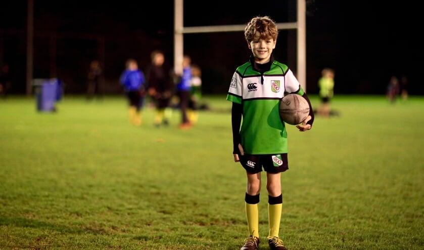 <p>Finn is al sinds zijn tweede jaar rugbyfan (Foto: Koos Bommel&eacute;)</p>