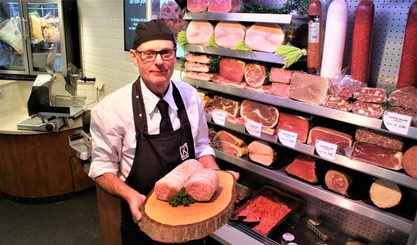 <p>In het aanbod van de slagerij zijn ook dit jaar weer de prachtige kerst-klassiekers vertegenwoordigd, vertelt Jeroen van Geest</p>