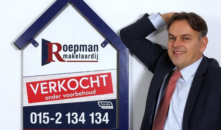 <p>Makelaar Ronald Roepman blikt terug op een bewogen jaar,<br>ook voor de woningmarkt.</p>