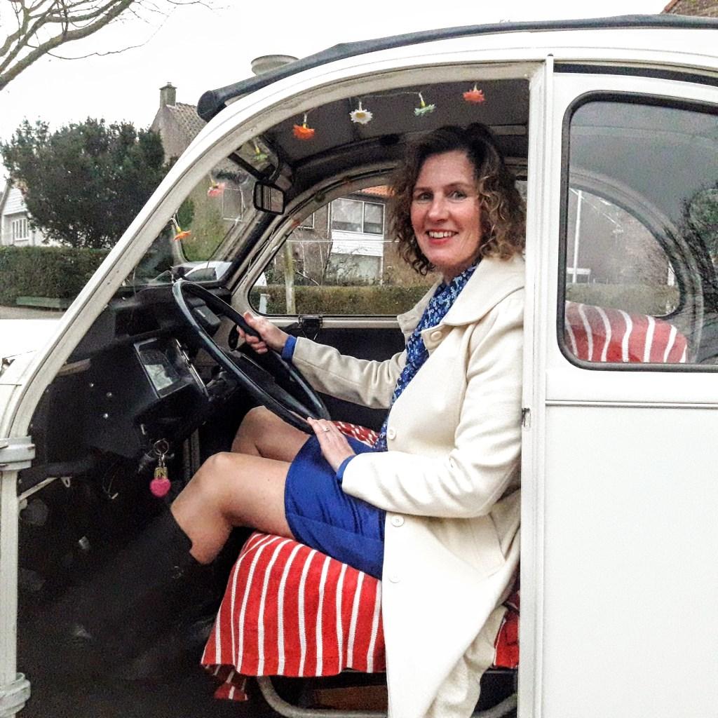 Renate rijdt graag in haar icoon  © RODI Media-zh