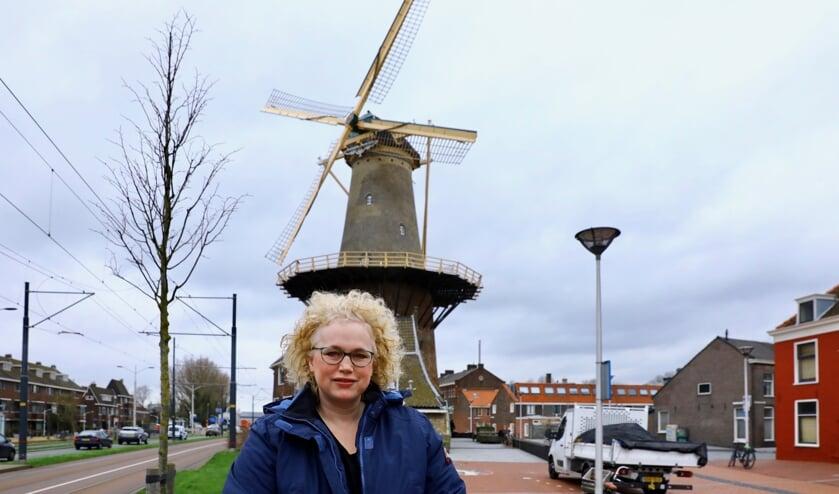 Masja op een van haar favoriete plekjes in Delft (Foto: Koos Bommelé)