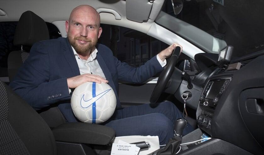 Anthon Sijsling was zeer betrouwbaar voor zijn teamgenoten en is dat nu als zelfstandig taxichauffeur (015-2612121) (foto: Roel van Dorsten)