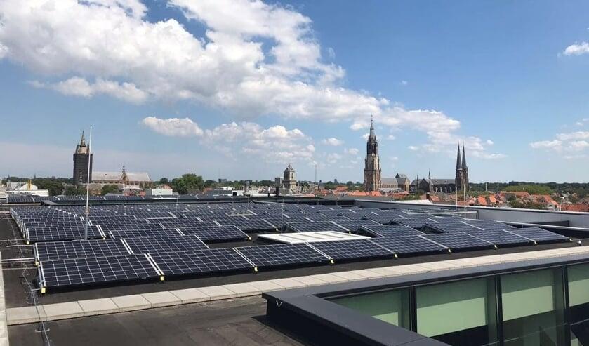 Het Stadskantoor is reeds voorzien van zonnepanelen, maar voor veel particulieren zijn de mogelijkheden voor de verduurzaming van hun eigen woning nog onduidelijk