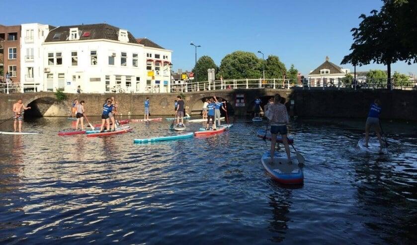 Ga jij deze zomer ook suppen door Delft?