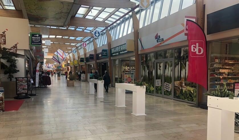 <p>Heerlijk winkelen in De Hoven Passage</p>