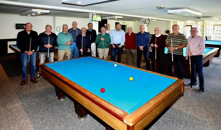 De leden van de Senioren Biljart Club Delft (Foto: Koos Bommelé)