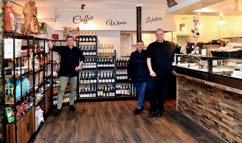 <p>Pascal Spierlings, Debbie en Eric Ketel (Foto: Koos Bommel&eacute;)</p>