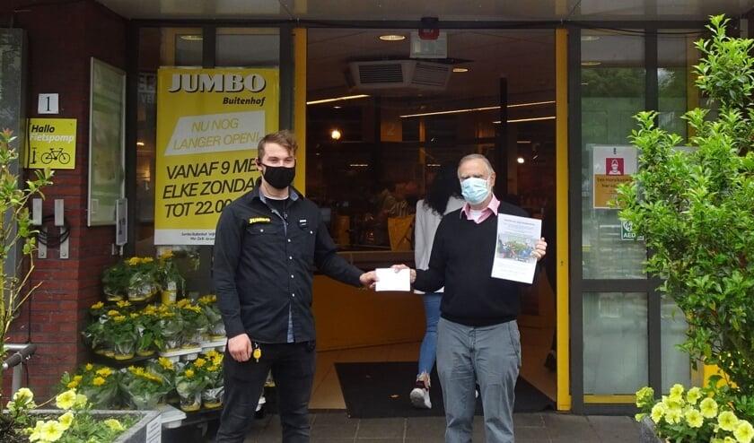 <p>UMBO Delft steunt Stichting Golf voor Gehandicapten </p>