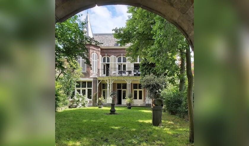 <p>De prachtige tuin van Museumuis van Meerten is het decor van een even prachtig concert&nbsp;</p>