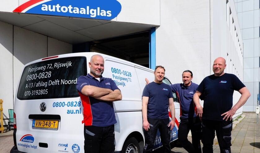 Het team van Autotaalglas Rijswijk. (Foto: Koos Bommelé)