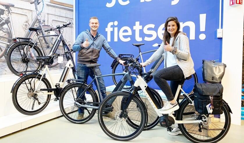 <p>Olaf en Britt Karlas heten u graag welkom in de fietsenwinkel <br>aan het Bartokpad </p>
