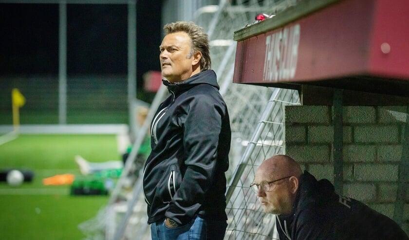 """Ronald Hes en Chris Treling hebben in korte tijd hun draai alweer helemaal gevonden bij Vitesse Delft. """"Het voelt hier echt als thuiskomen."""" (foto: Roel van Dorsten)"""