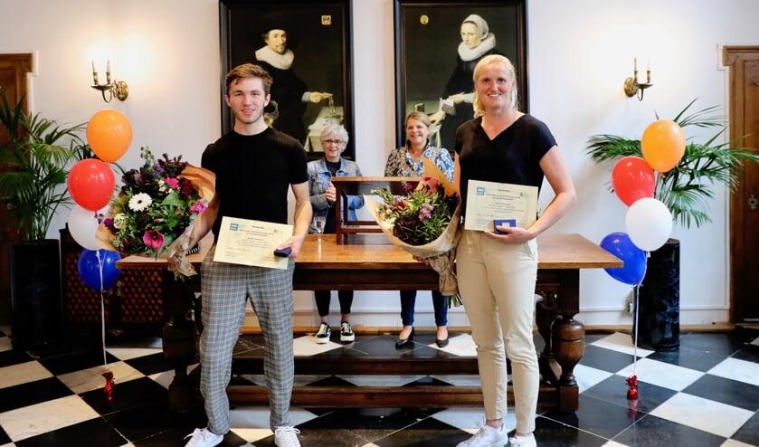 <p>Olivier Hendriks, Ellen Hogerwerf, Marja van Bijsterveldt en Karin Schrederhof&nbsp; (Foto: Koos Bommel&eacute;)</p>