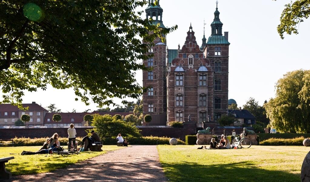 I mødekampagnen drages der referencer til feriekampagnen både visuelt og i ordlyden.   (Kim Wyon/VisitDenmark)
